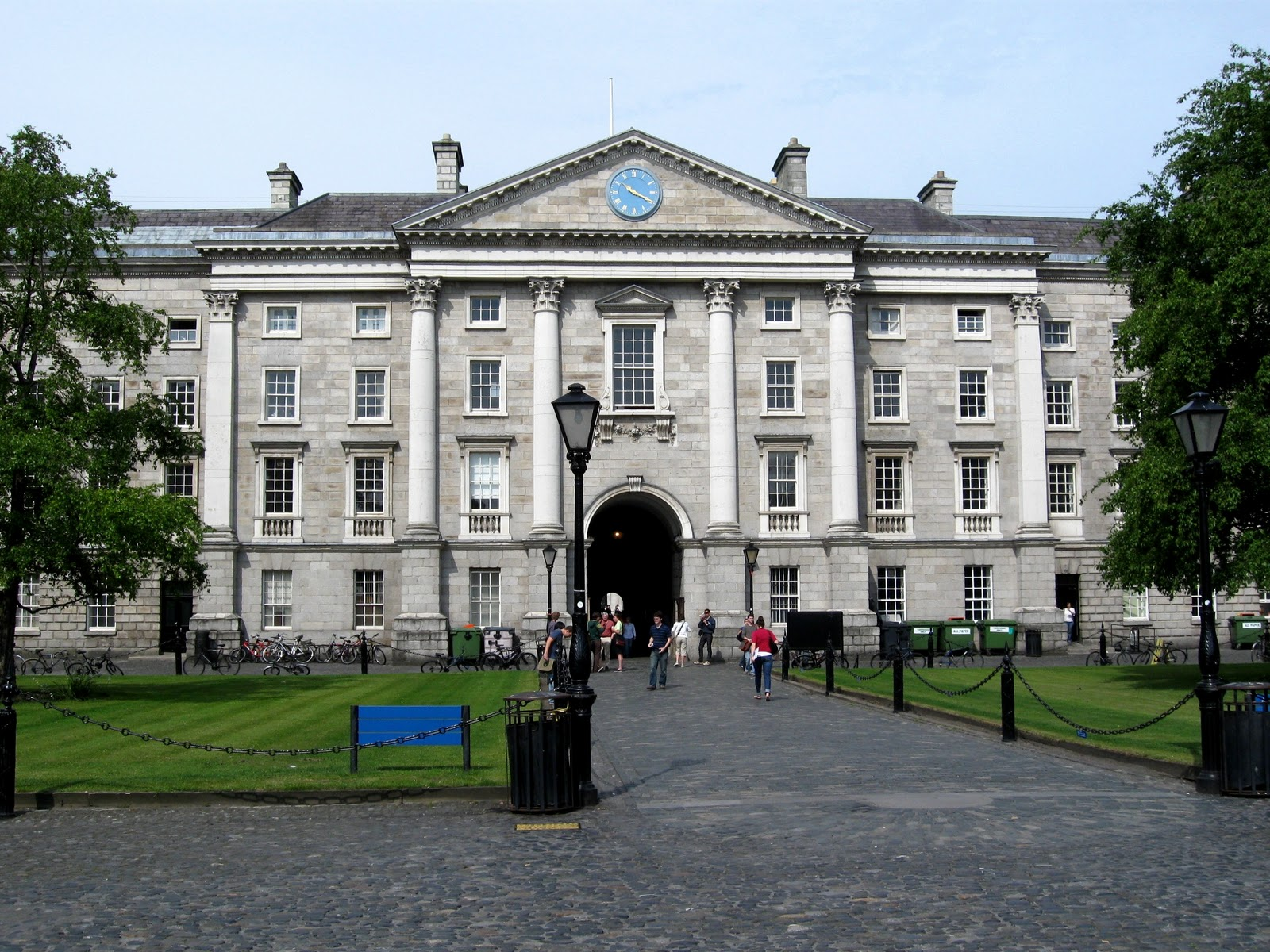 university of dublin A college education is one of the most important investments you will ever make here is a breakdown of the undergraduate tuition costs and associated fees for an academic year.