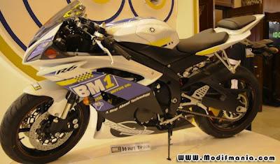 Yamaha YZF R6 BM1 Motorshow