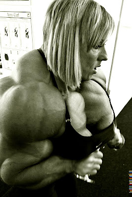 massive female muscle