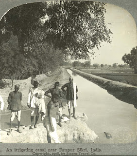 India 100 years ago: An irrigation canal near Fatehpur Sikri, India