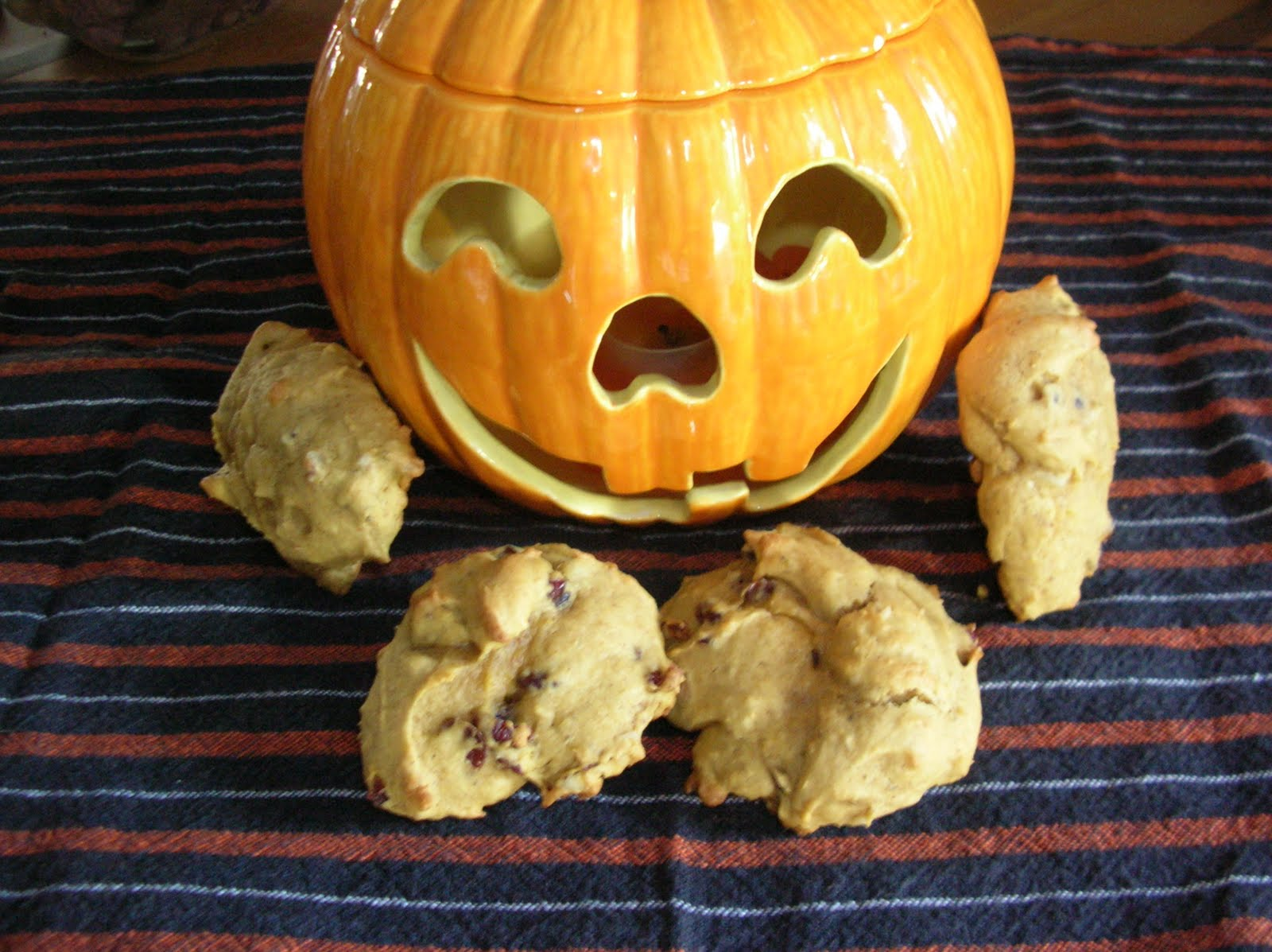 A Year of Cookies: Cookie Recipe #292 - Cranberry-Pumpkin ...