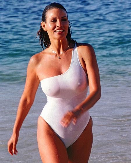 Raquel Welch (Classic Babe)