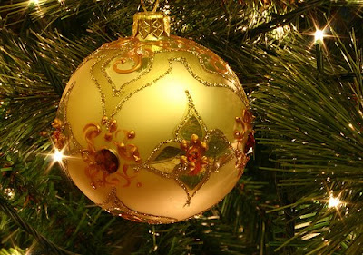 its christmas merry christmas everyone and heres a sweet song by bob rivers twelve pains of christmas for everyone click on the link to view the video