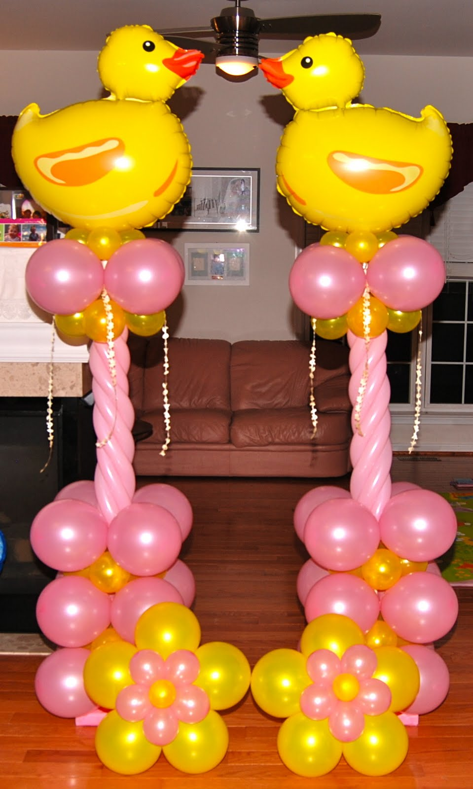 Balloons decoration for baby shower party favors ideas for Baby decoration party