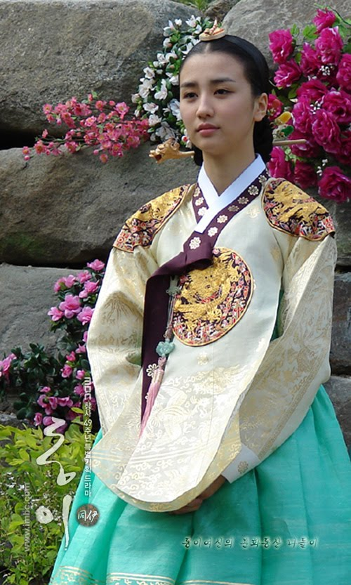 ari nikki park ha sun as queen inhyeon quotratu baik hatiquot