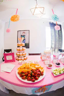 dol+table8 Parkers 1st Birthday Party { Pictures are Finally Here!!!}