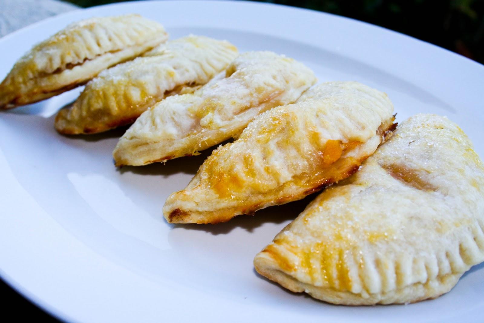 Jujubee's Bakery: Bourbon Peach Hand Pies