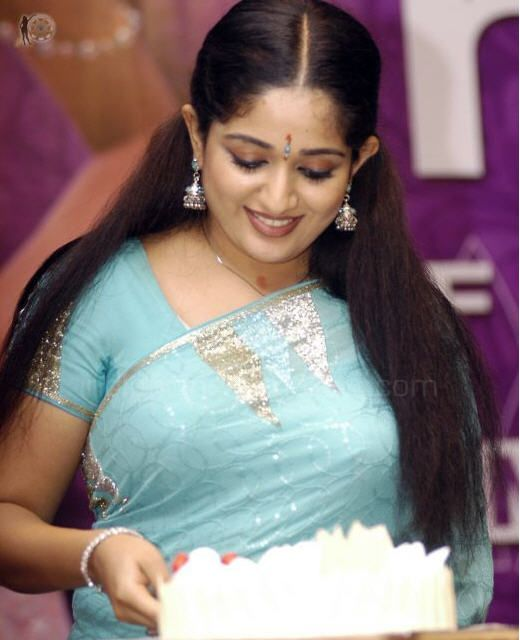 Actress Hot Photos: Kavya Madhavan hot