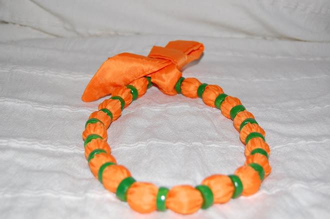 Colier textil -lut - 30 Ron