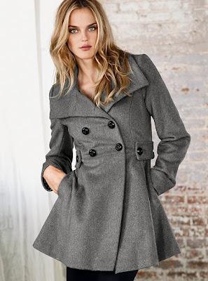 сиво - Облекло, мода, елегантност - Page 2 V305498_CROP1