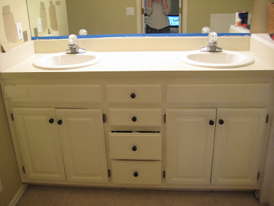 Laminate Countertop Paint Uk : Yes You CAN Paint Those Ugly Laminate Countertops ~ Our Suburban ...