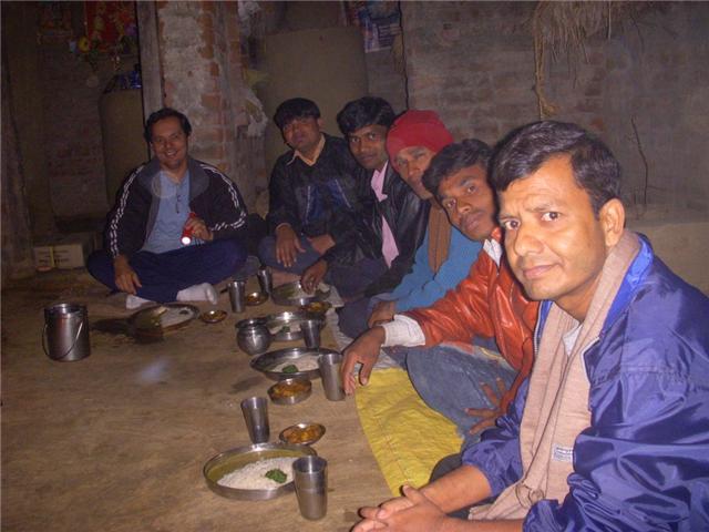 O salário dos obreiros numa aldeia remota.