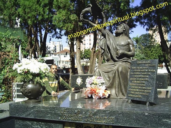 7 - Cemitério S. Pedro em Lodrina (PR)
