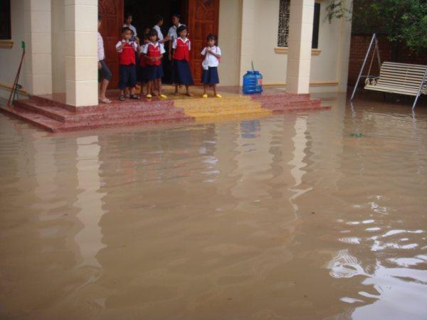 Camboja - Fundos da casa.