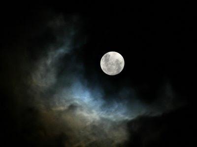 EL HILO DE LOS AMIGUETES X - Página 33 Full_moon