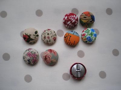 El taller del hilo de pen lope botones para forrar - Botones para forrar ...