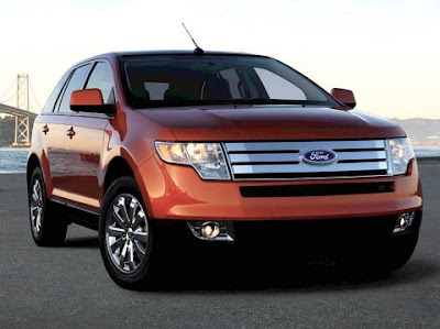 Vista dianteira do Ford Edge – grade parecida com a do Fusion