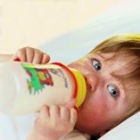 reflux csecsemő