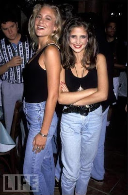 Brittany Daniel e Sarah Michelle Gellar