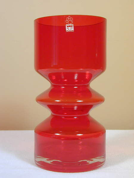 Creative Vintage Riihimaki Red Glass Vase By Tamara Aladin Consumers First Glass