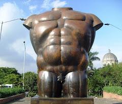 Torso - Fernando Botero