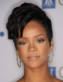 Female Celebrity Hair Style With Black Short Hair Cut With Image Rihanna's Short Hairstyle Gallery Picture 8