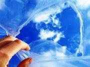 mano abriendo el cielo