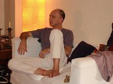 Dario Grandinetti, posando.