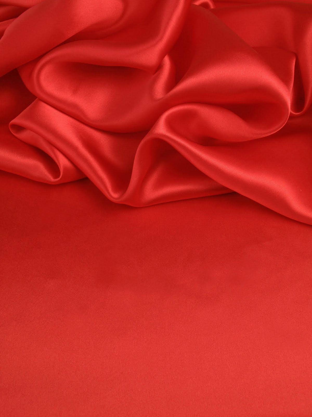 drap satin. Black Bedroom Furniture Sets. Home Design Ideas