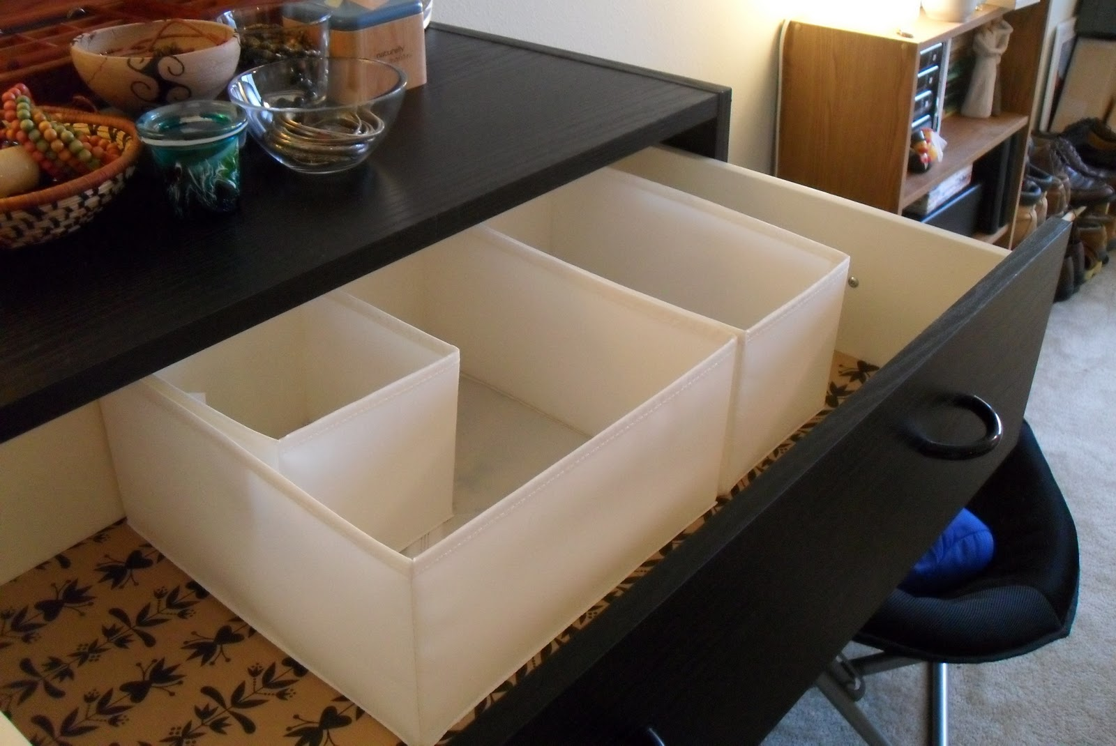 Ikea Regal Quadratische Fächer ~ With my dresser functioning again, I tackled the organizational