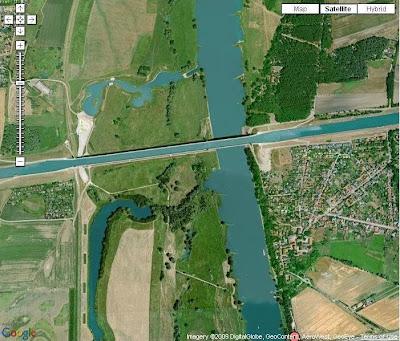http://2.bp.blogspot.com/_0uokoJaOhrs/SaOg-2EdfbI/AAAAAAAABIQ/xZ80kPvqJvk/s400/Magdeburg.JPG