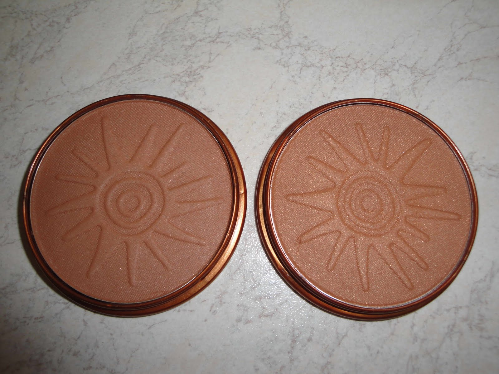 can see rimmel natural bronzer in sun light is darker than stila sun. Black Bedroom Furniture Sets. Home Design Ideas