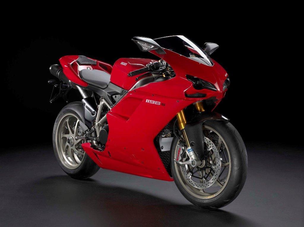 http://2.bp.blogspot.com/_0vQee8oZXq8/TBXNmSSJspI/AAAAAAAASe0/zfXH0WEwx4w/s1600/Mejores+motos+deportivas+10.jpg