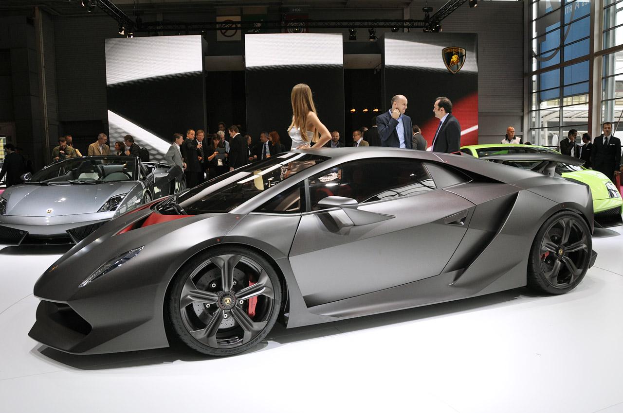 http://2.bp.blogspot.com/_0vQee8oZXq8/TO4LaDSlZEI/AAAAAAAAWWA/6yHNRKI5ZHk/s1600/Lamborghini+Sesto+Elemento+2.jpg
