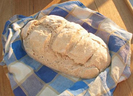 il primo pane infornato a bordo della Filibusta