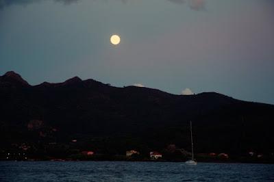 luna quasi piena