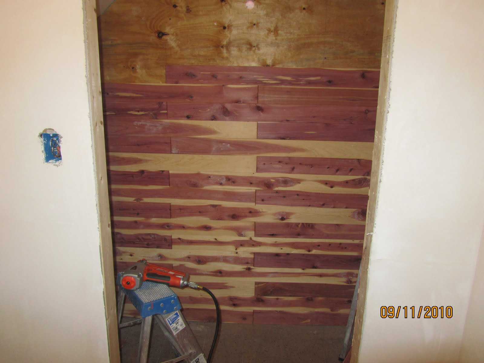 Superieur How To Install Aromatic Cedar In A Closet