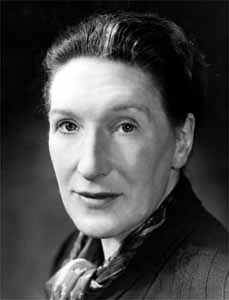 literary analysis on the demon lover Elizabeth bowen's 1945 short story the demon lover uses the ballad's central conceit for a narrative of ghostly return in wartime london shirley jackson's collection the lottery and other stories includes the daemon lover.