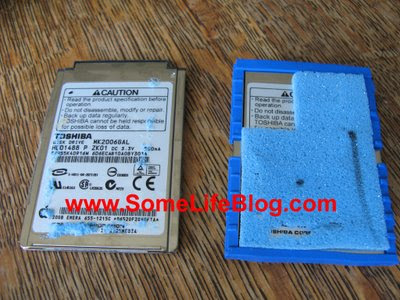 Replace the hard drive and transfer bumpers and foam cushion on Apple iPod Photo 20GB Hard Drive Replacement