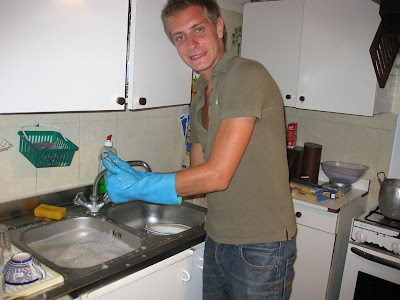 Back at the beach house, we enjoyed a great dinner.  Here Giulio cleans the dishes afterwards since the dishwasher is broken.