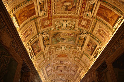 The last hallway that leads to the Sistine Chapel – where it is not permissible to take pictures after the cleaning that completed just a few years ago.  Many people mistake this hallway initially for the Sistine.  Oops.