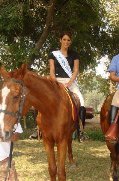Más fotos de nuestra Miss Perú Universe 2009