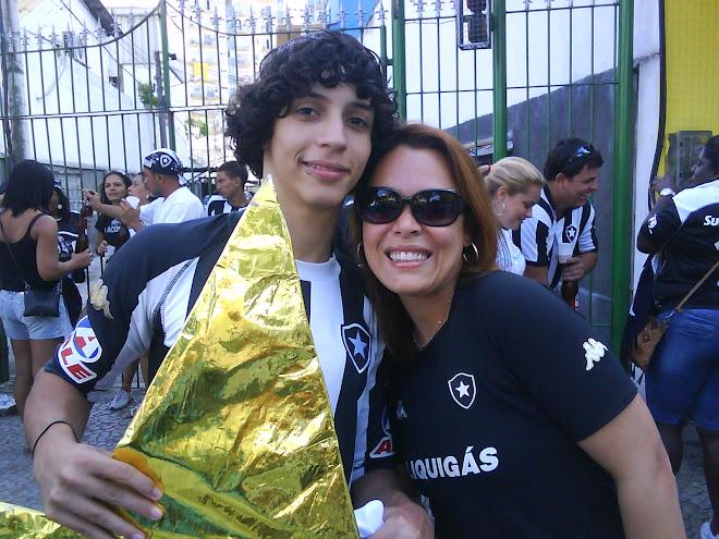 Meu filho Bruno (nosso Guerreiro) com minha esposa Vanessa