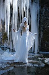Robe Médiévale fantastique : Dame Blanche