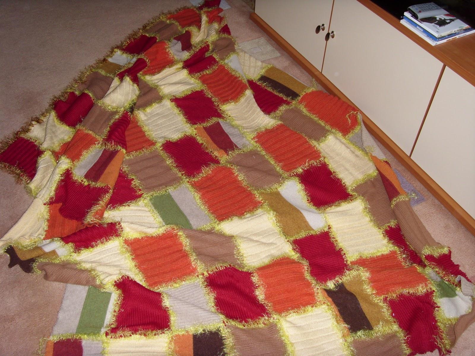 Что сделать из старого одеяла своими руками 49