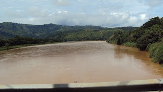 EL RIO GRANDE DE TERRABA EN COSTA RICA
