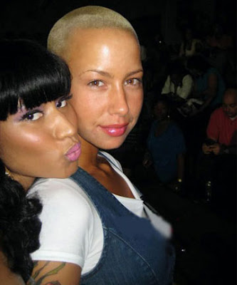nicki minaj fat booty pics. nicki minaj and amber rose