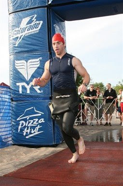Aaron Fanetti exiting the swim in the 2009 Ironman 70.3 Steelhead