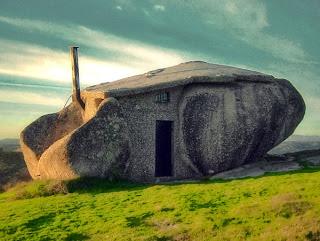 Ideias-decoração-Mobiliário | Casa de pedra