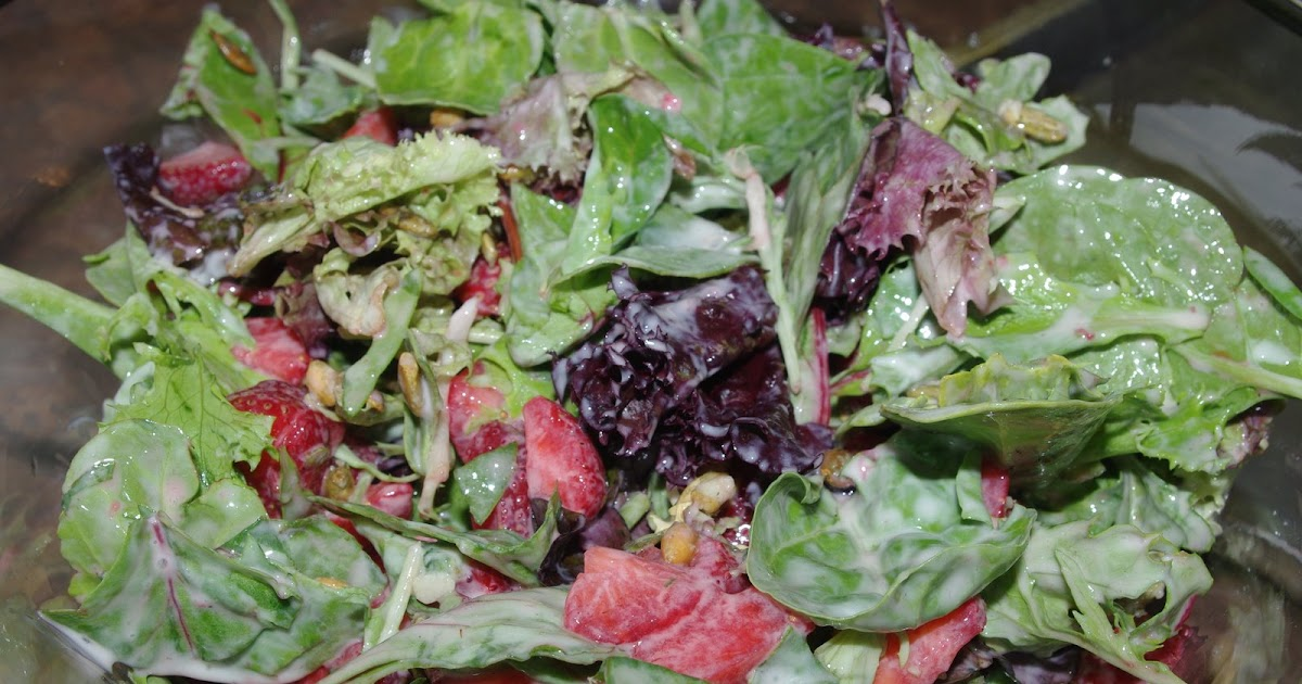 Mennonite Girls Can Cook: Strawberry and Mixed Baby Greens ...